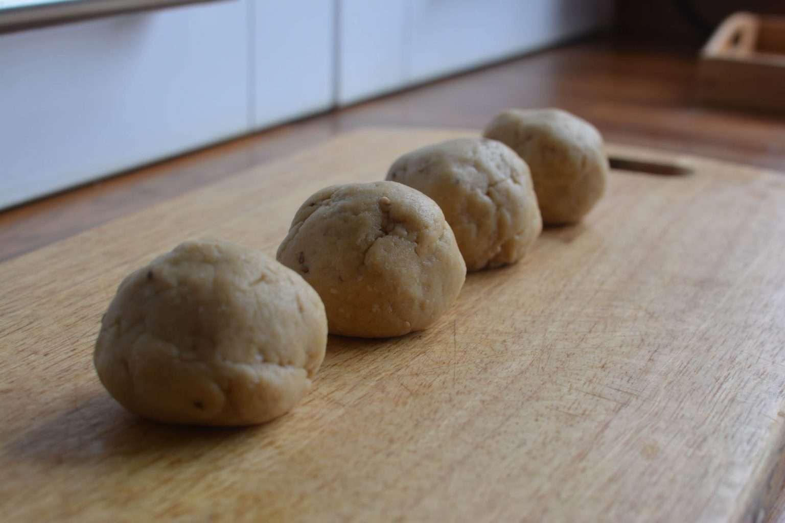 ball-dough-lakhamari